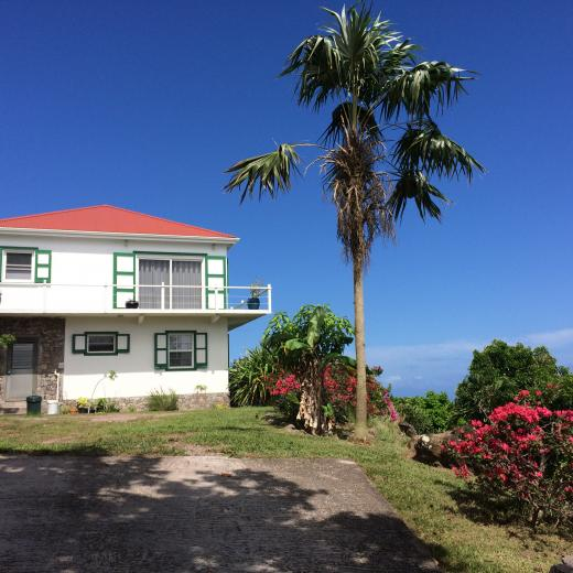 Iguana Rock House - Saba Island Premier Properties